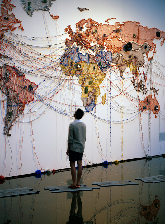 Renaa Saini Kallat,  Woven Chronicle  (2015)