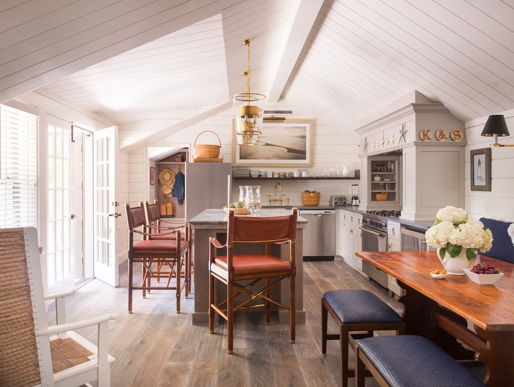Small Nantucket Cottage   Kitchen   Design Associates Inc.