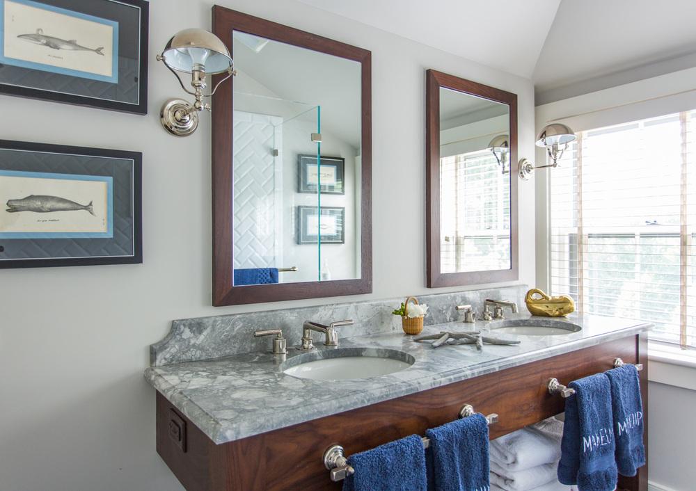 Small Nantucket Cottage | Master Bathroom | Design Associates Inc.