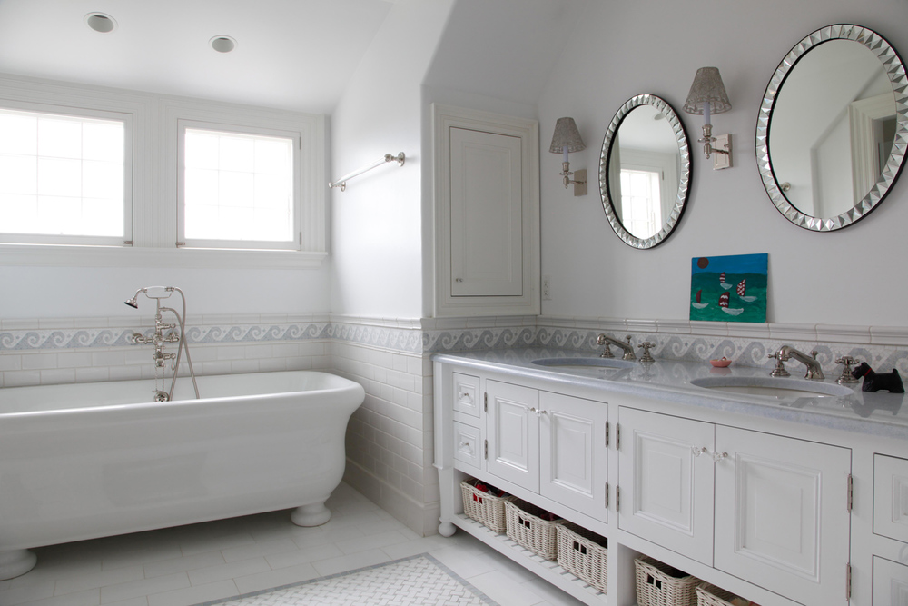 Concord House | Bathroom | Design Associates Inc