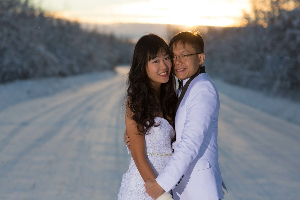 Bride and Groom under Northern Lights Fairbanks Alaska 03.jpg