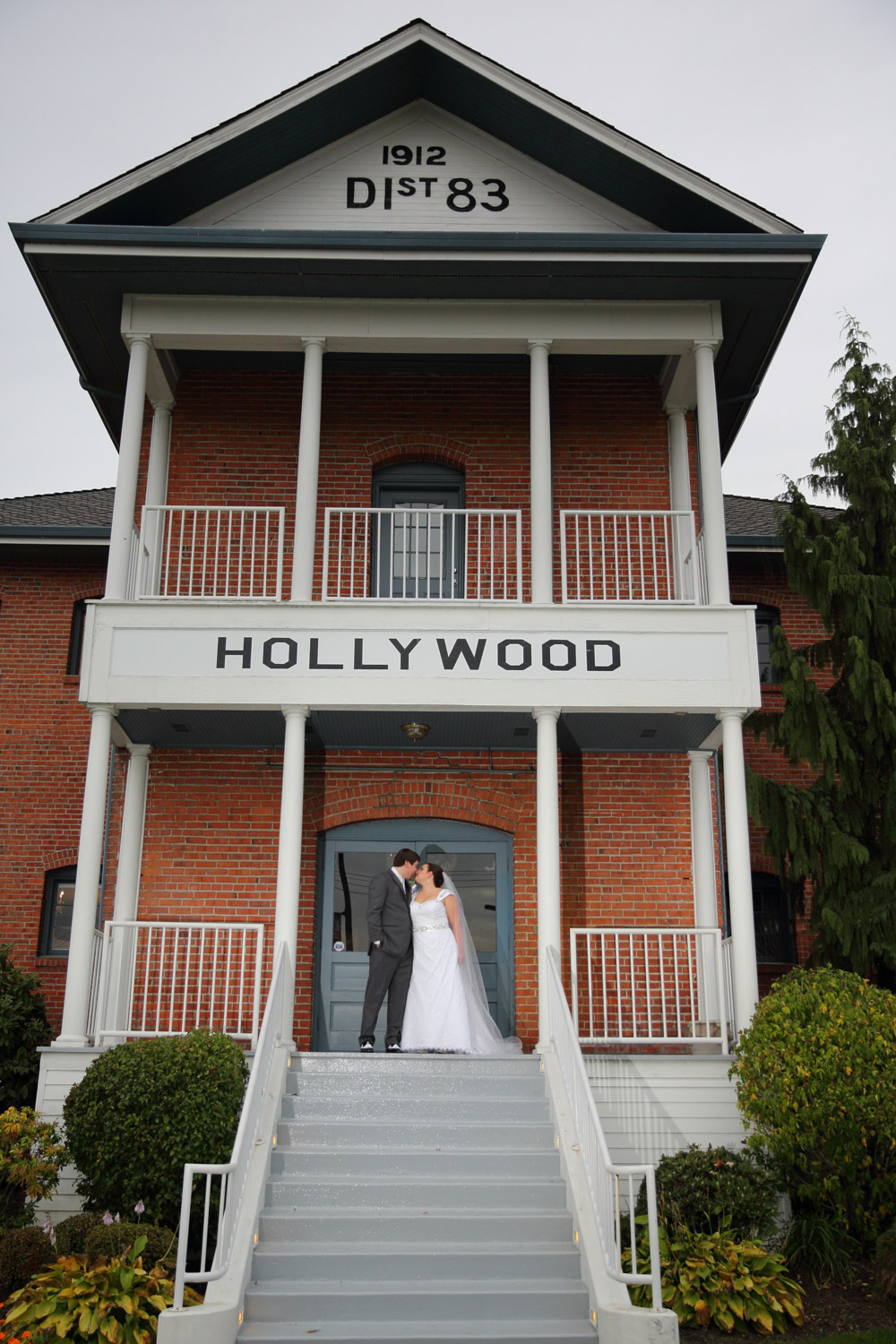 Wedding Hollywood Schoolhouse