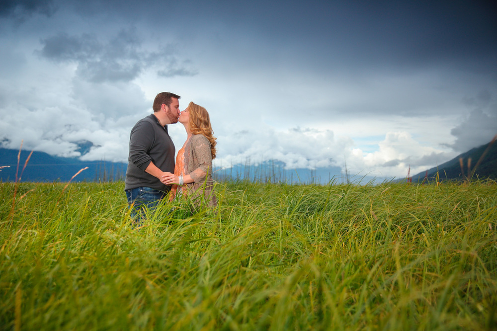 Engagement Photos Girdwood Alaska 07.jpg