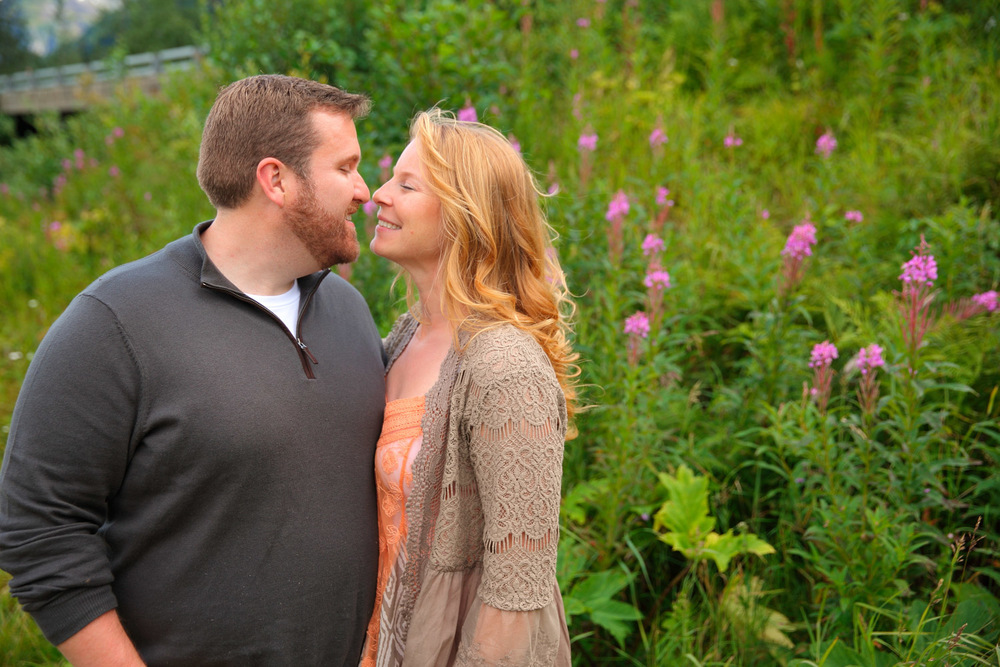 Engagement Photos Girdwood Alaska 13.jpg