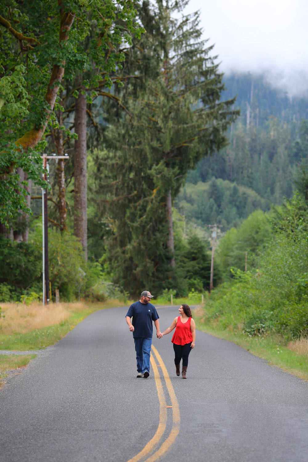 Engagement Photos Lake Quinault Olympic Peninsula Washington03.jpg