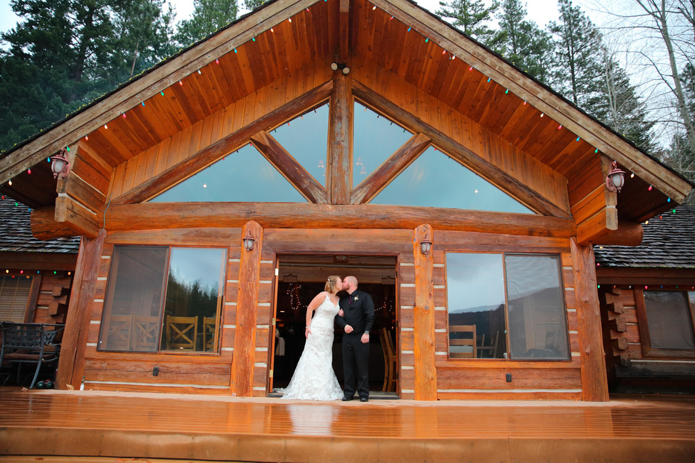 Wedding Photos Mountain Springs Lodge Leavenworth Washington09.jpg