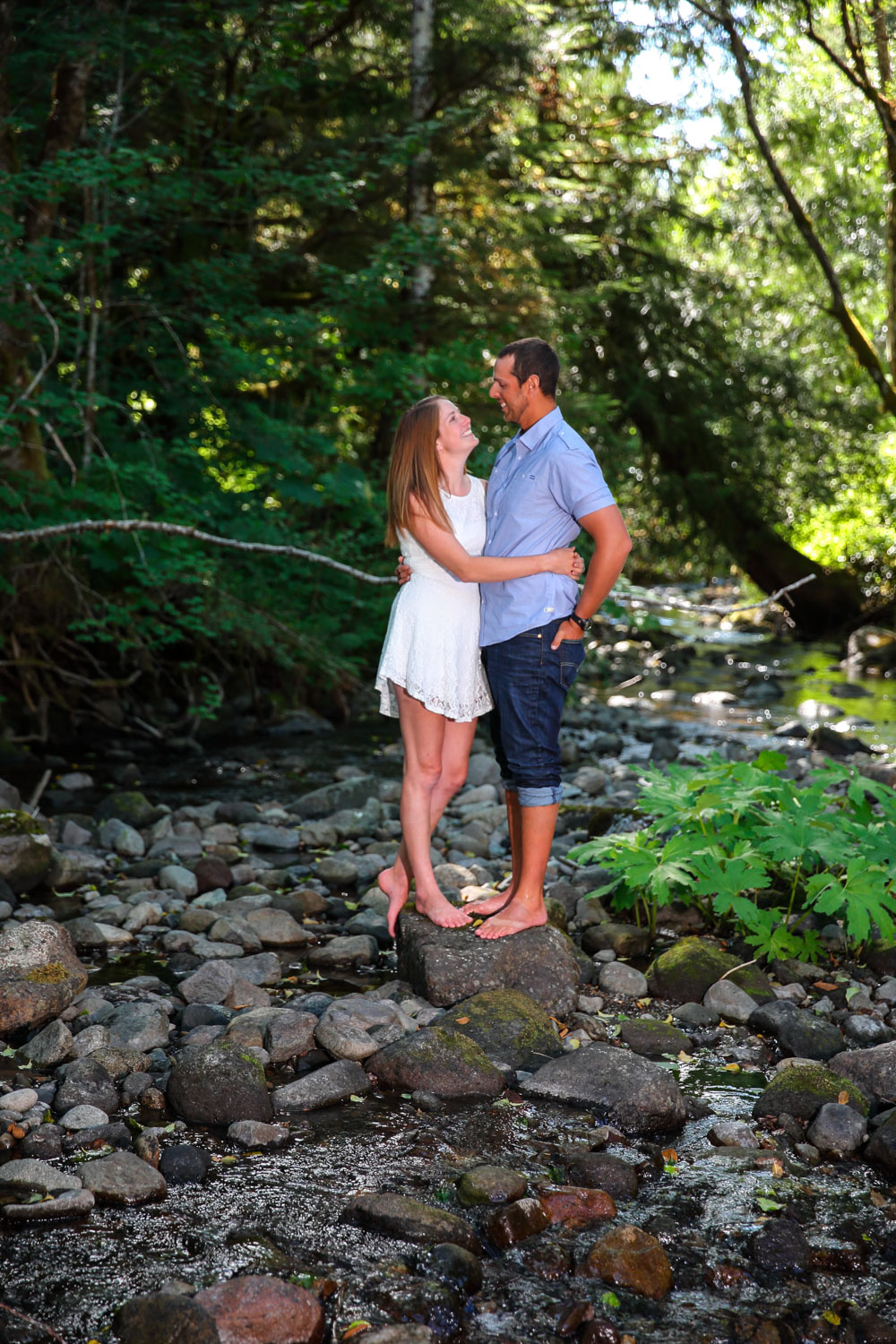 Engagement Photos Wellspring Spa My Rainer Washington06.jpg