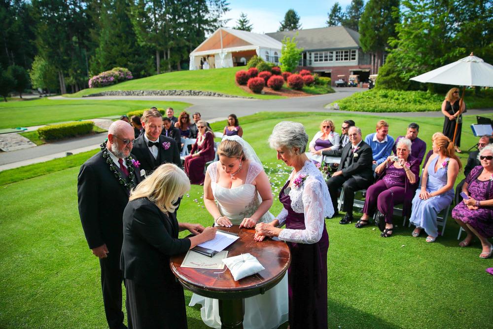 Wedding Photos Canterwood Golf Club Gig Harbor Washington21.jpg