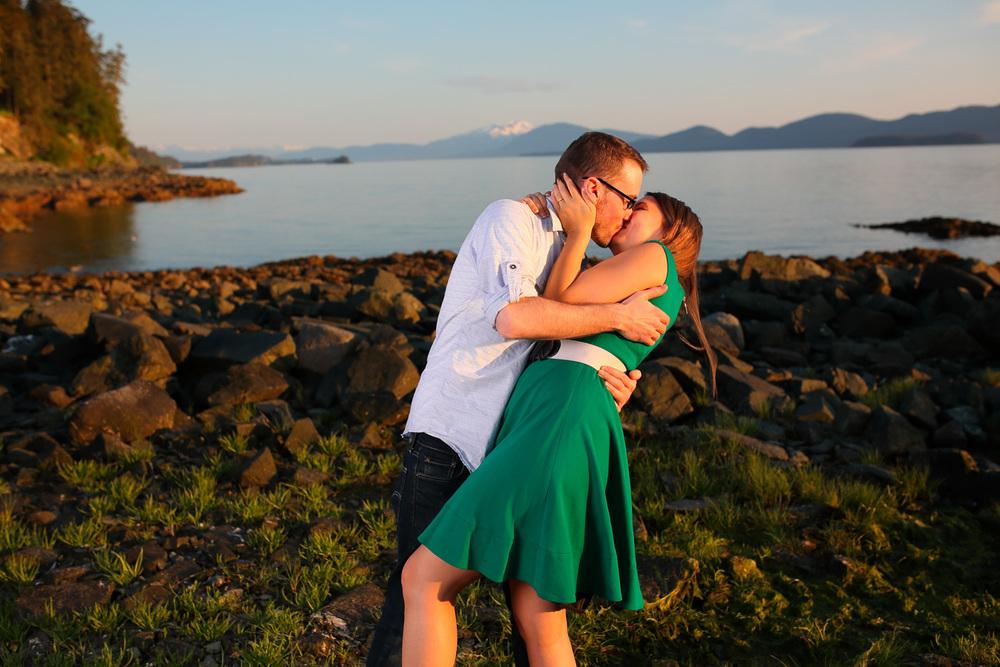 Engagement Photos Juneau Alaska05.jpg