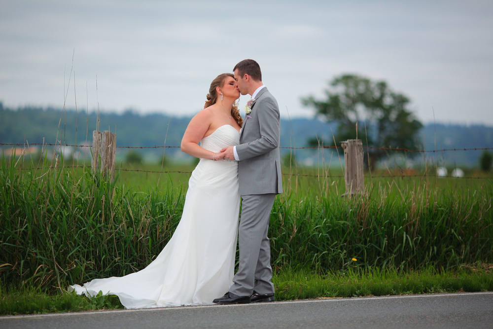 Hidden Meadows Snohomish Wedding