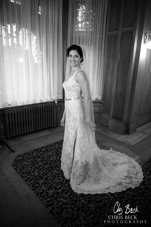 Wedding Photos Hatley Castle Vancouver Island BC04.jpg