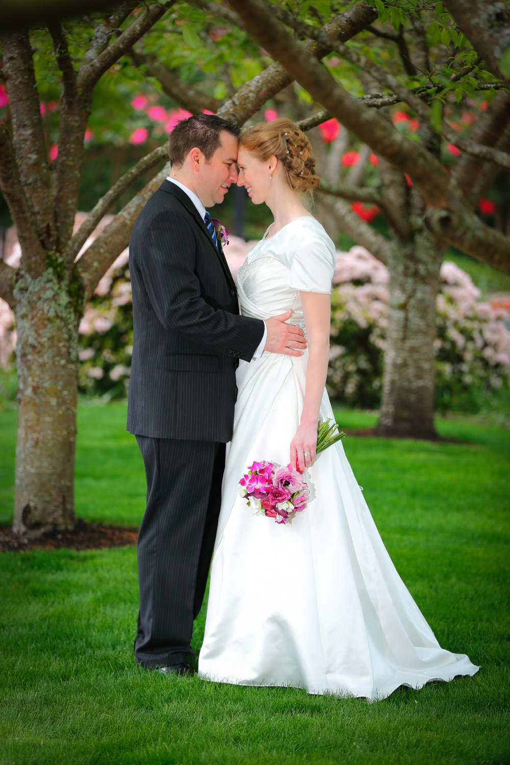 Wedding Photos LDS Temple Bellevue Washington11.jpg