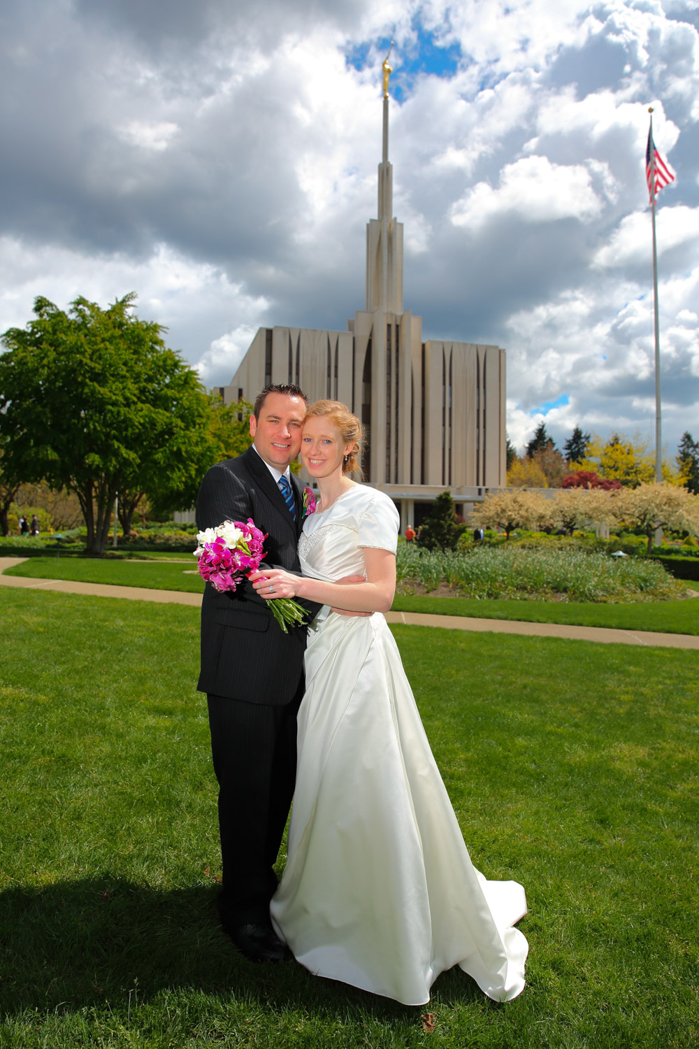 Wedding Photos LDS Temple Bellevue Washington21.jpg