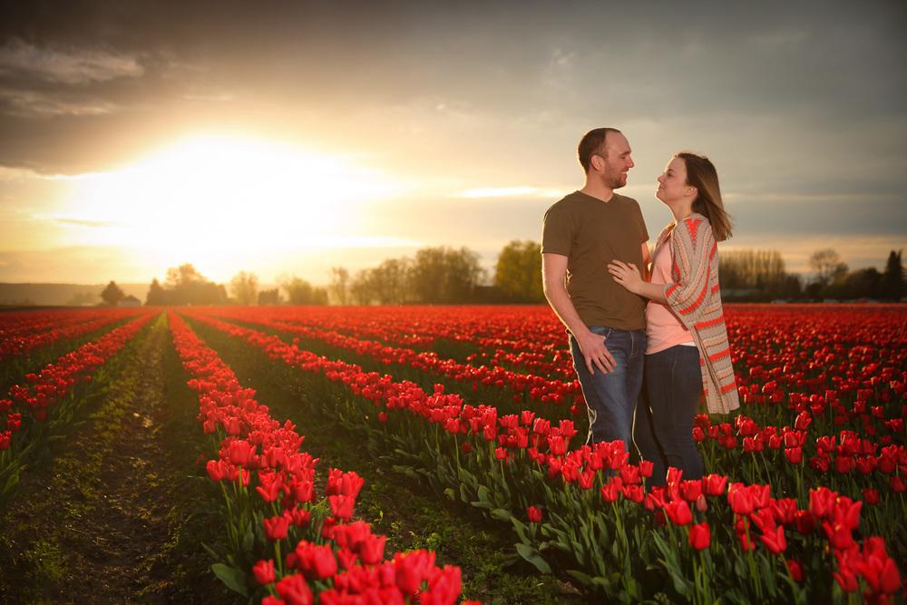 Engagement Photos Tulip Fields LaConner Washington09.jpg
