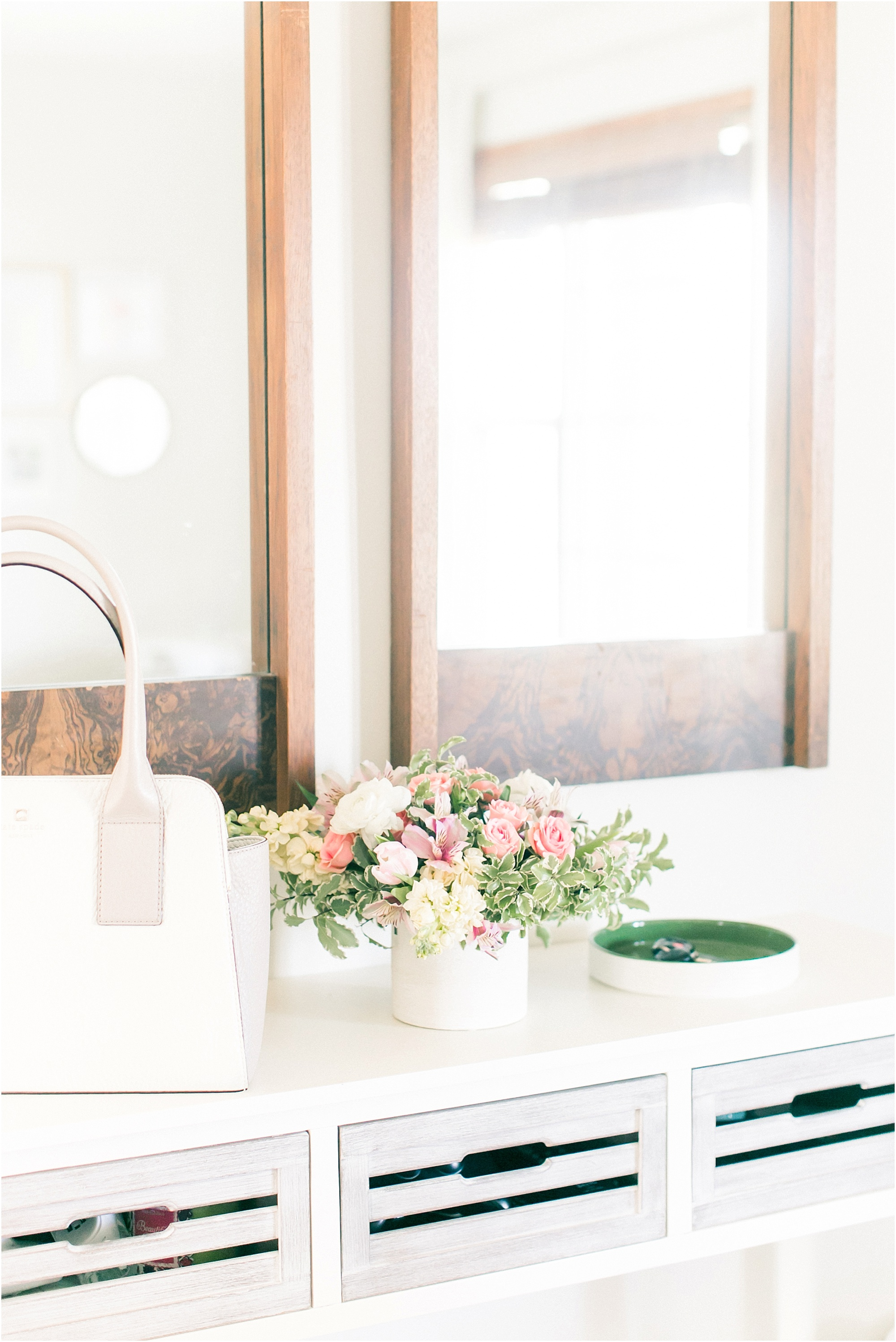 3 Inspiring places for a floral arrangment in your home - The Jordan Brittley Blog
