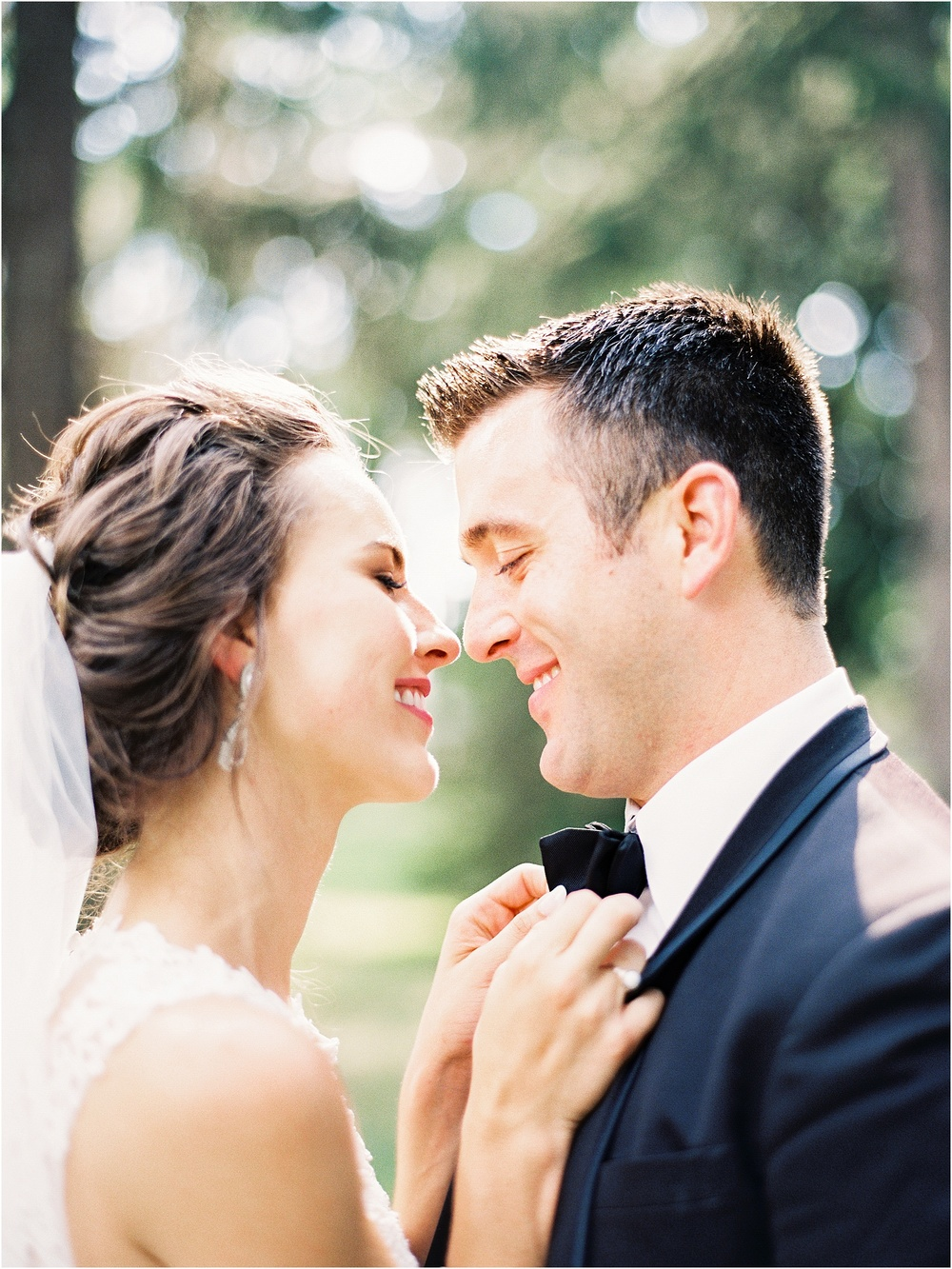 Burlington IA Wedding at Catfish Bend Pzazz by Jordan Brittley Photography