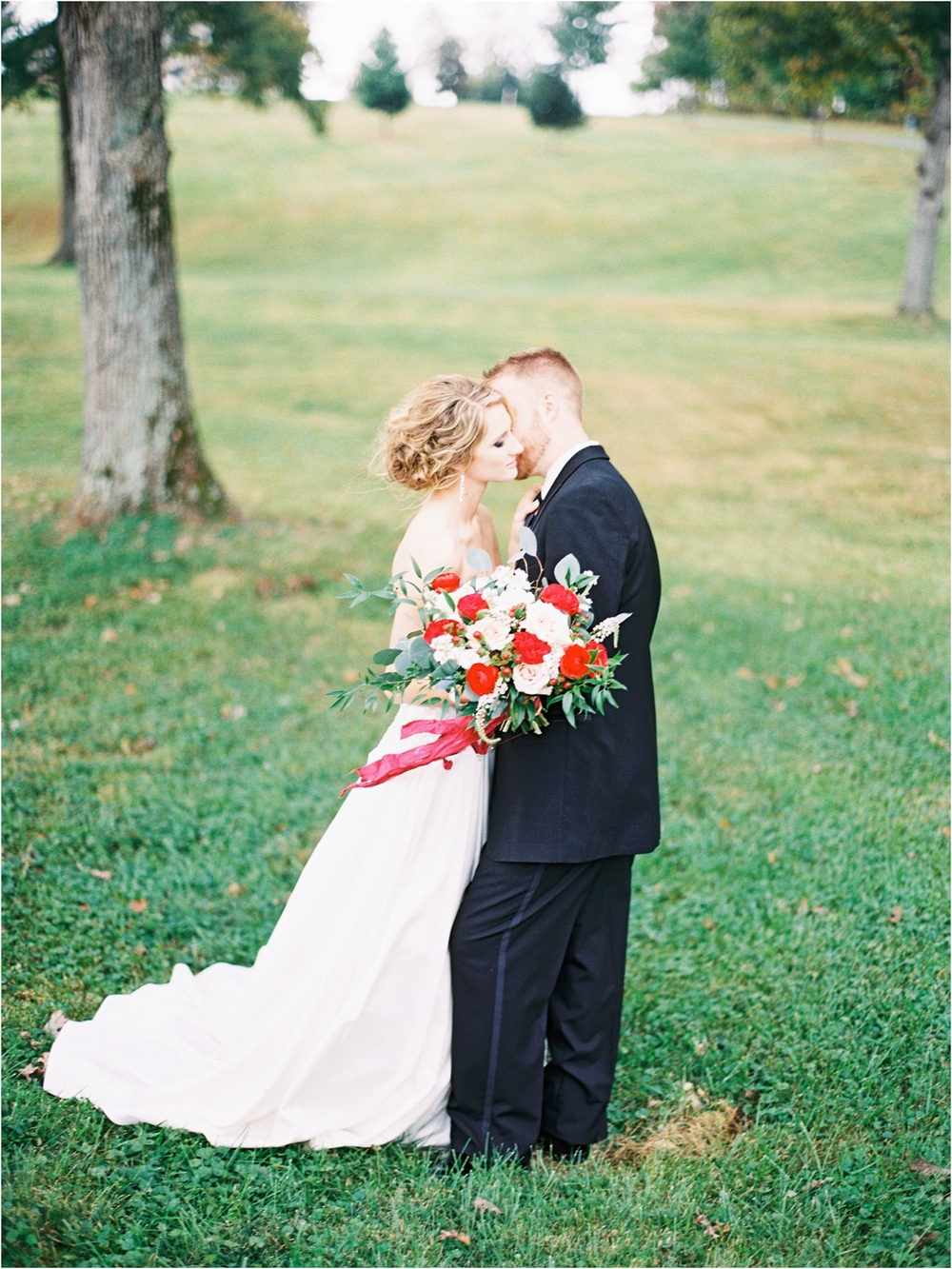 Springfield MO Wedding Ideas - Jordan Brittley (www.jordanbrittley.com) / Floral Design - He Loves Me Flowers