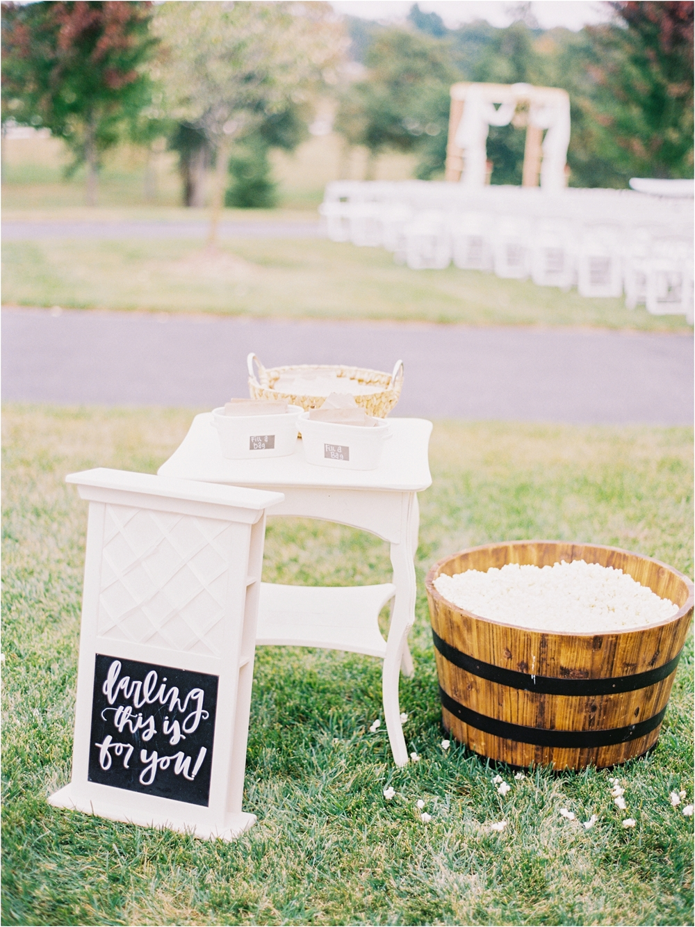 Springfield MO Wedding Ideas - Jordan Brittley Photography (www.jordanbrittley.com) // Serve Popcorn at your wedding!