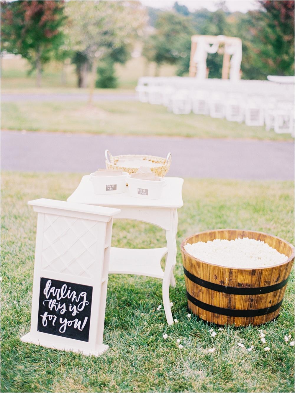 Springfield MO Wedding Ideas - Jordan Brittley Photography (www.jordanbrittley.com) // Serve Popcorn at your wedding!