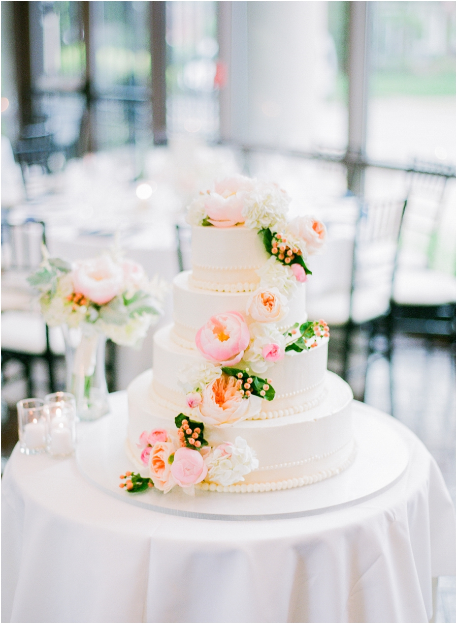 Wedding Cake - Photography by Jordan Brittley
