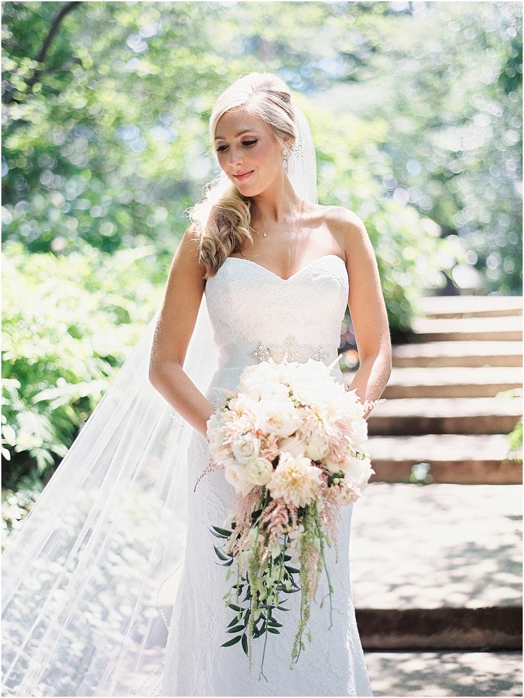 St_Louis_Wedding_Fine_Art_Film_Photographer_Jordan_Brittley_(www.jordanbrittley.com)_0021.jpg