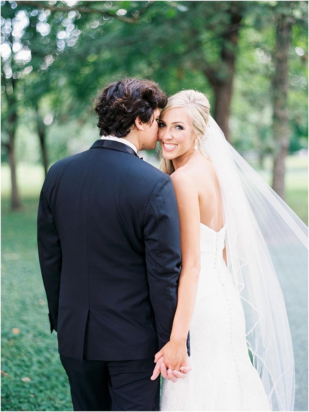 St_Louis_Wedding_Fine_Art_Film_Photographer_Jordan_Brittley_(www.jordanbrittley.com)_0040.jpg
