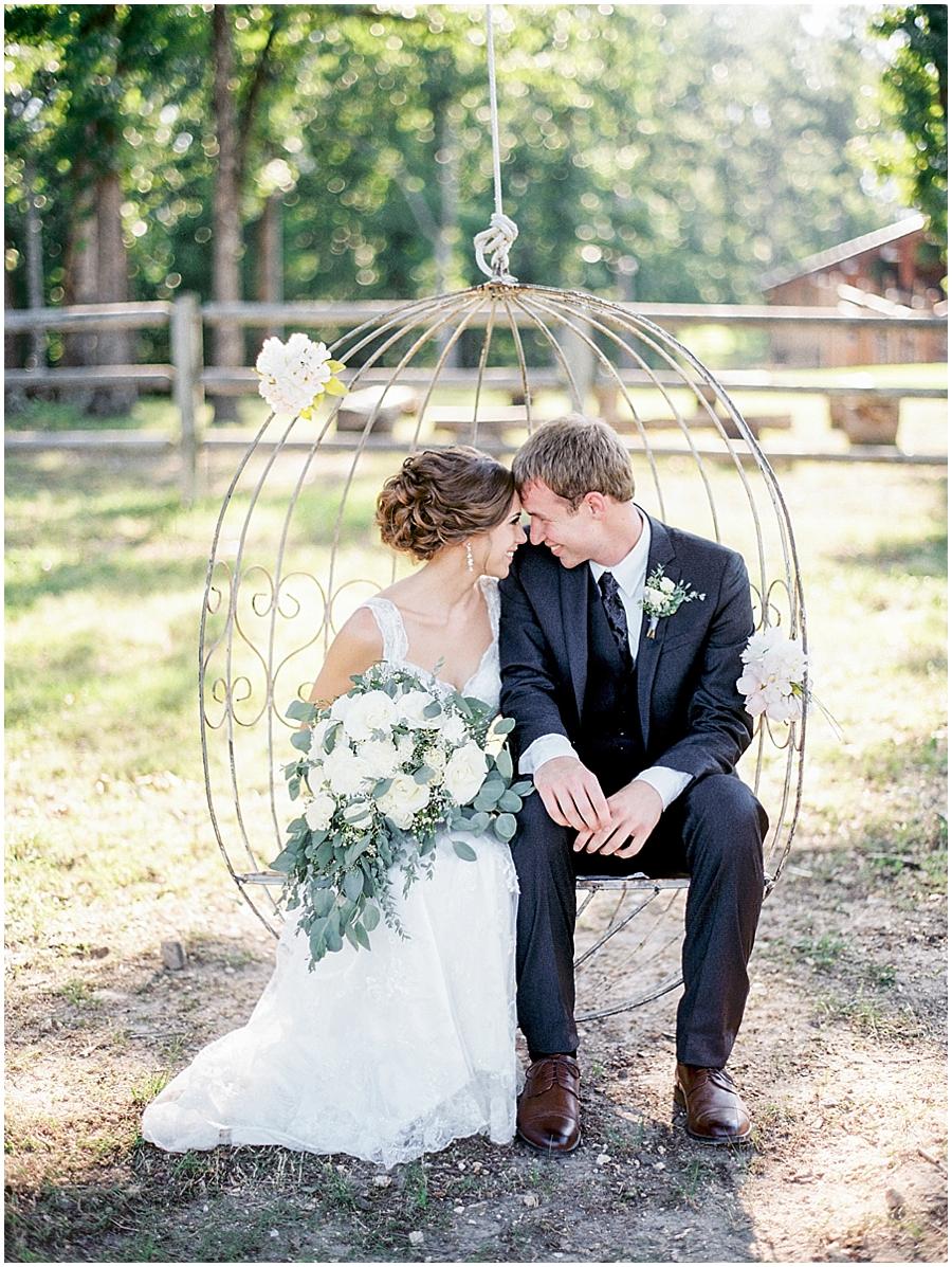 romantic missouri outdoor wedding photography
