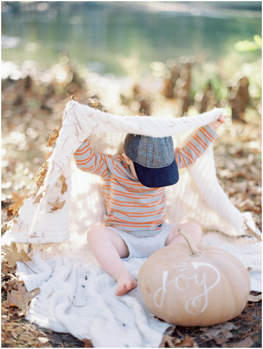 Southern Missouri Outdoor Family Photos   |   Film Photography