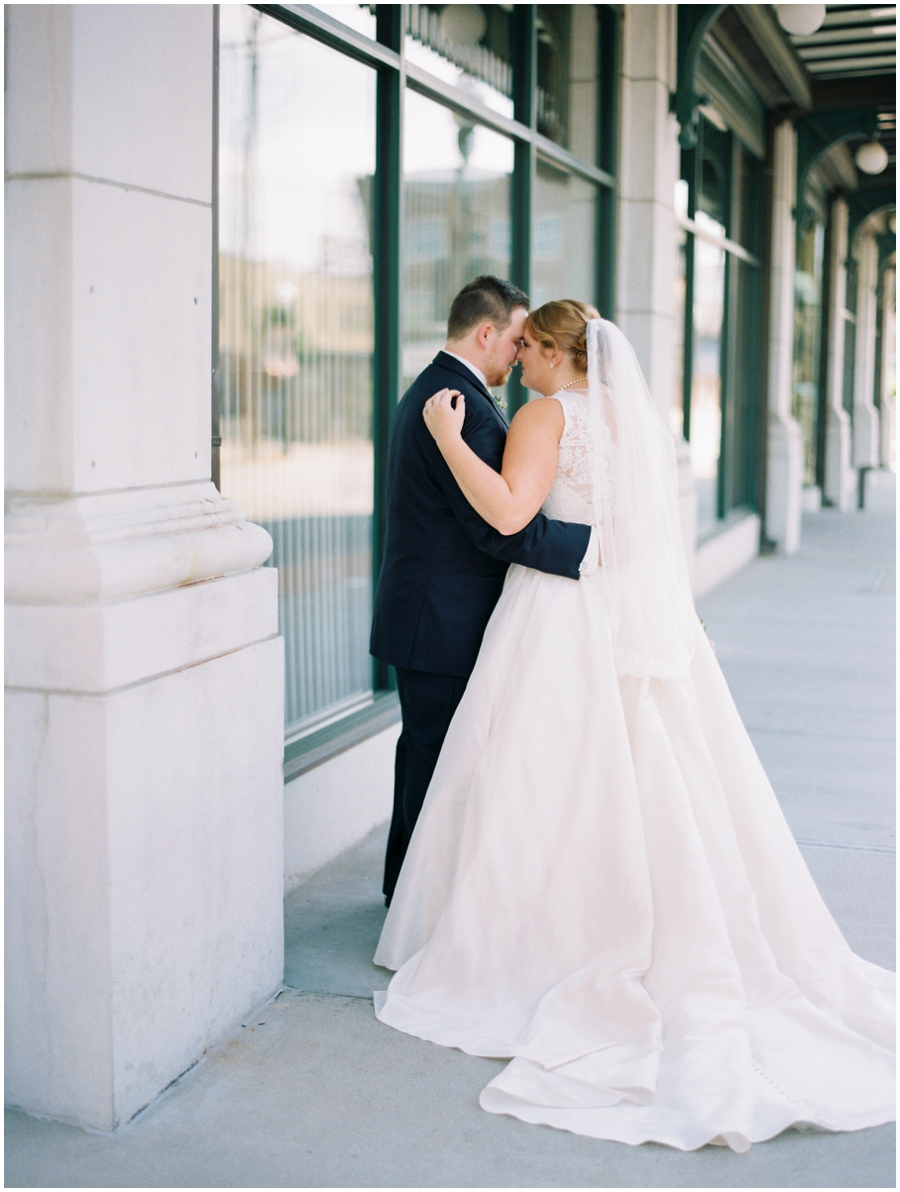 Joplin Missouri Wedding at the Ramsey - Jordan Brittley Photography_0014.jpg