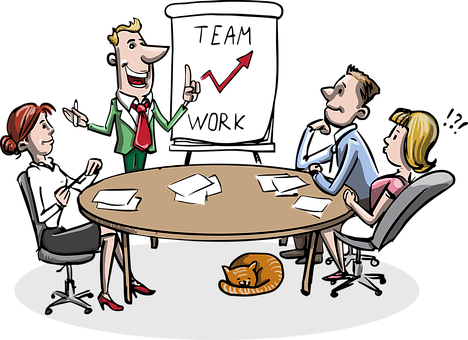 round table discussion with 4 employees