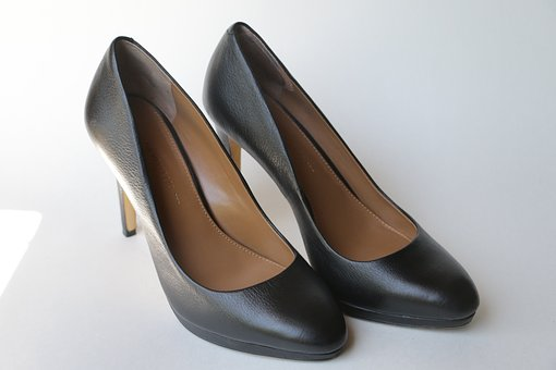interview dress code - ladies' black heels