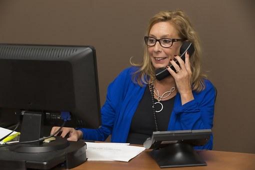lady making phone call