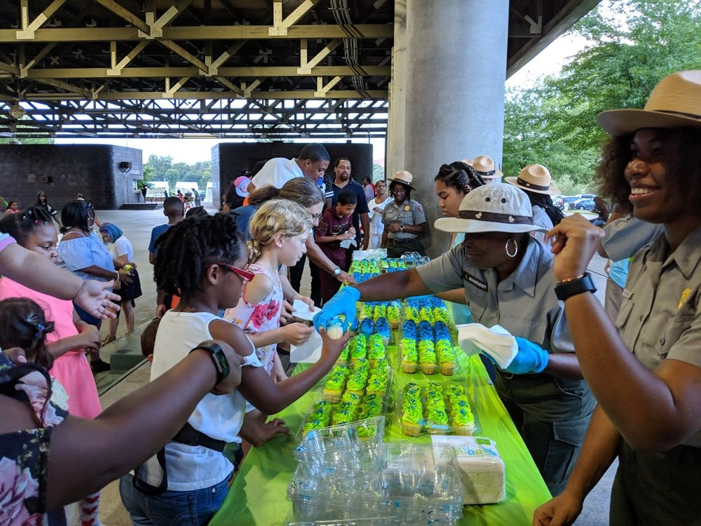 Birthday Cupcakes for Anacostia Park! Photo: Erin Garnaas-Holmes