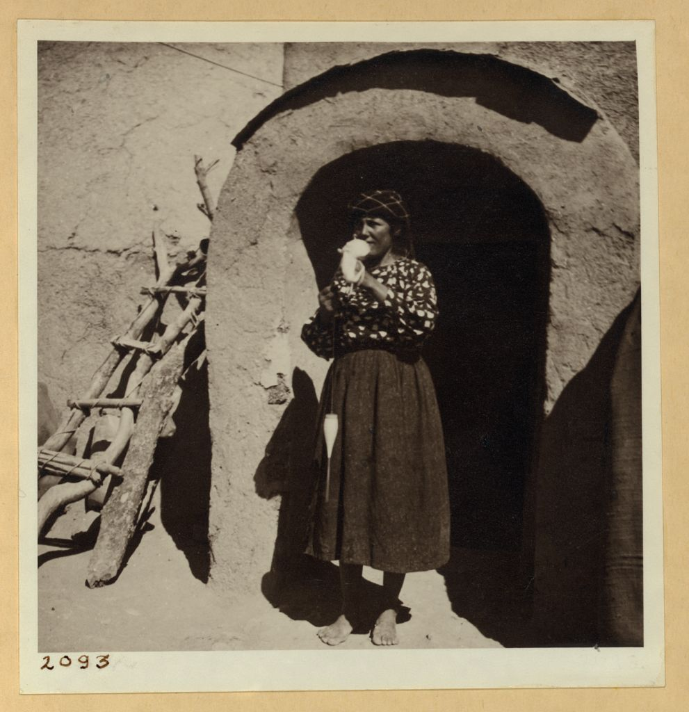 Fig 1: Assyrian refugee woman at Tell Tamer, northeast Syria, 1938