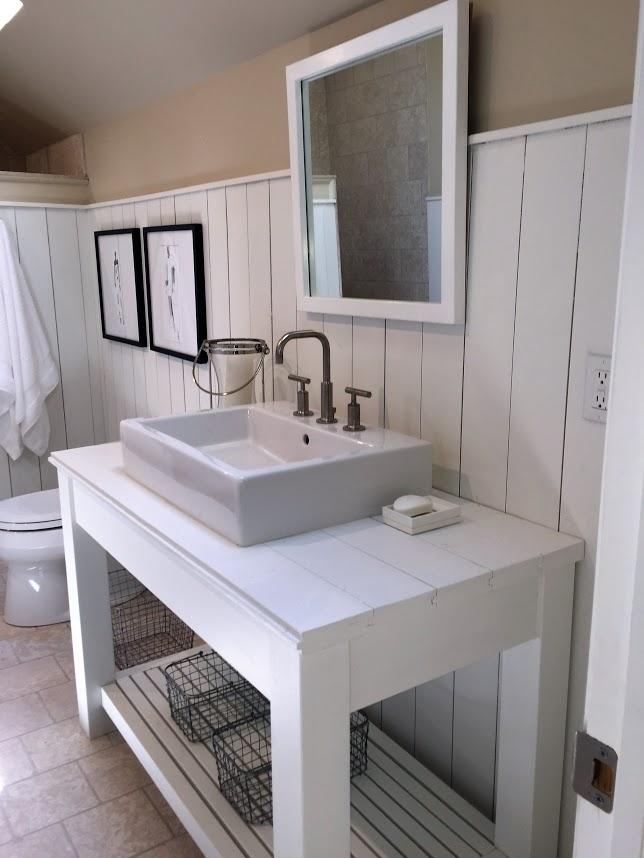 Upper Bath 4.jpg