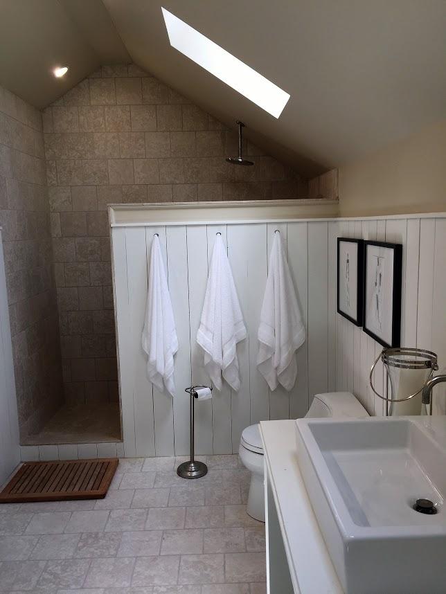 Up Bath 1.jpg