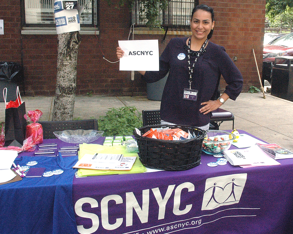 Suri Medina at the ASCNYC Table