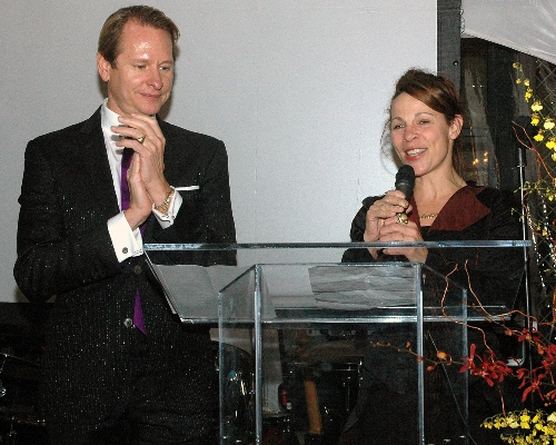 Celebrity Hosts - Carson Kressley and Lili Taylor