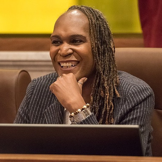 Andrea Jenkins made history in November 2017 by becoming the first openly transgender black woman elected to public office in the U.S. She was one of two openly trans people to win a seat on the Minneapolis City Council that year. Jenkins is also a published poet and an oral historian at the University of Minnesota. #BlackHistoryMonth . . . . . #blackhistory #blackhealth #HIV #AIDS #lgbt #lgbtq #lgbthistory #lgbtqhistory #instablackhistorymonth #instablackhistory