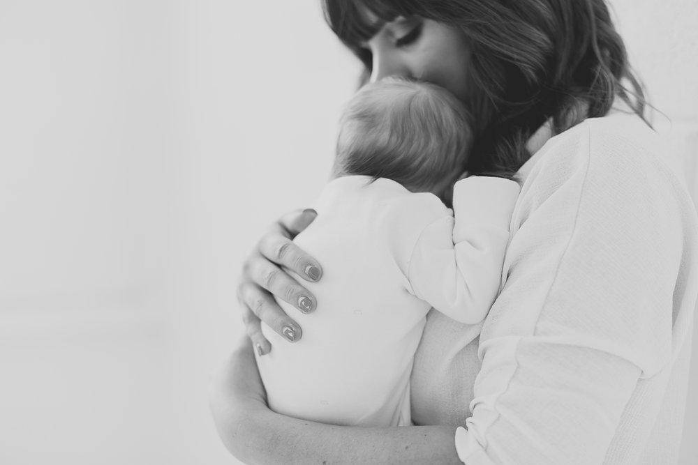 newborn-photographer-belfast-northern-ireland 20.jpg