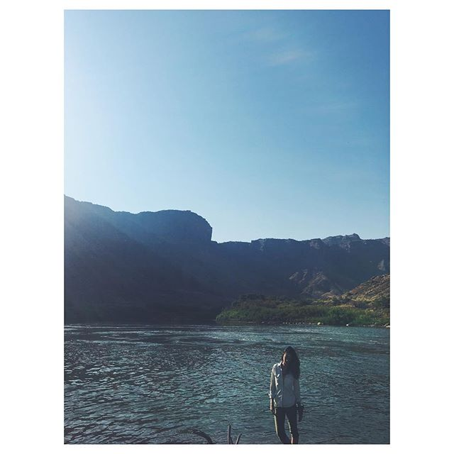morning on the colorado river 💦 📷:@danielahearnmusic