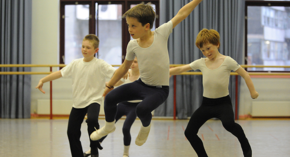 Photo-by-Brian-Slater-courtesy-of-the-Royal-Academy-of-Dance..jpg
