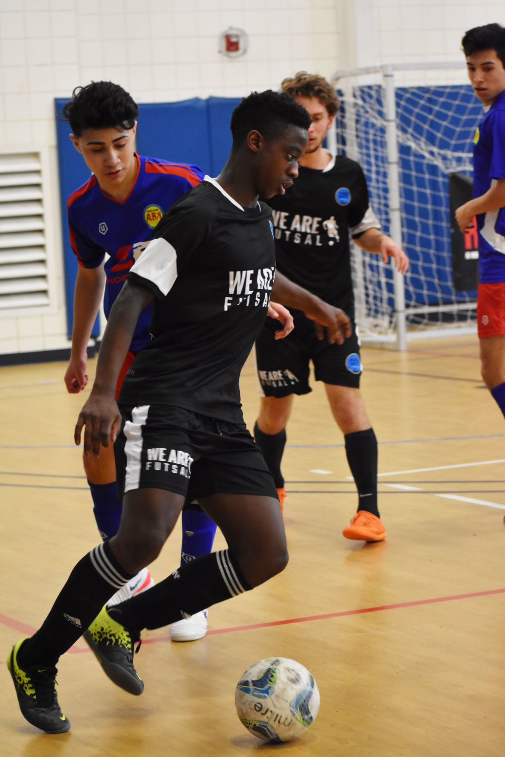 Farai Mutatu of the 99 CIty boys Academy USYF National Qualifying team