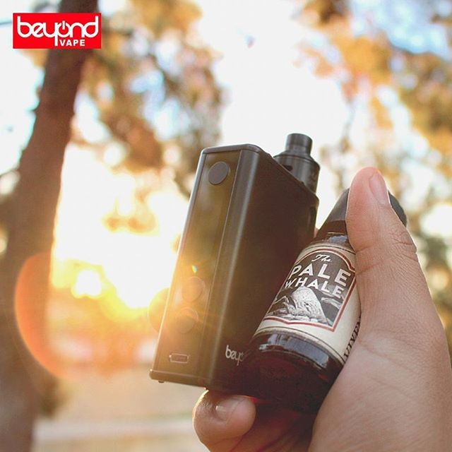 First vape break of the day! Vixen's Kiss paired with the Tandem Mod by @beyondvape.