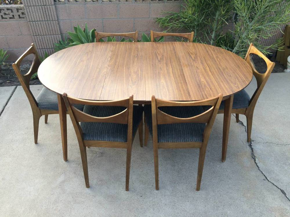 Beautiful Drexel Dining Table Chairs 01