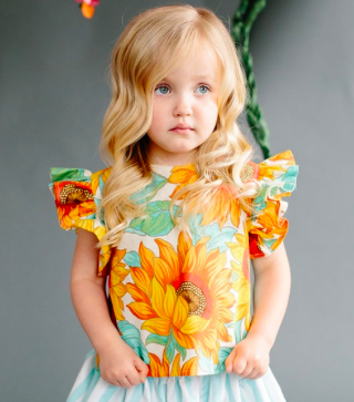 Sadie-Then-Ty-Lola-Ruffle-Sleeve-Top-in-Jumbo-Sunflower-Motif-42-.png
