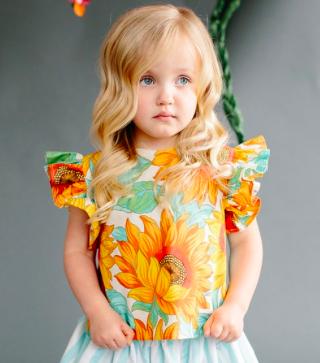 Sadie-Then-Ty-Lola-Ruffle-Sleeve-Top-in-Jumbo-Sunflower-Motif-42-.png