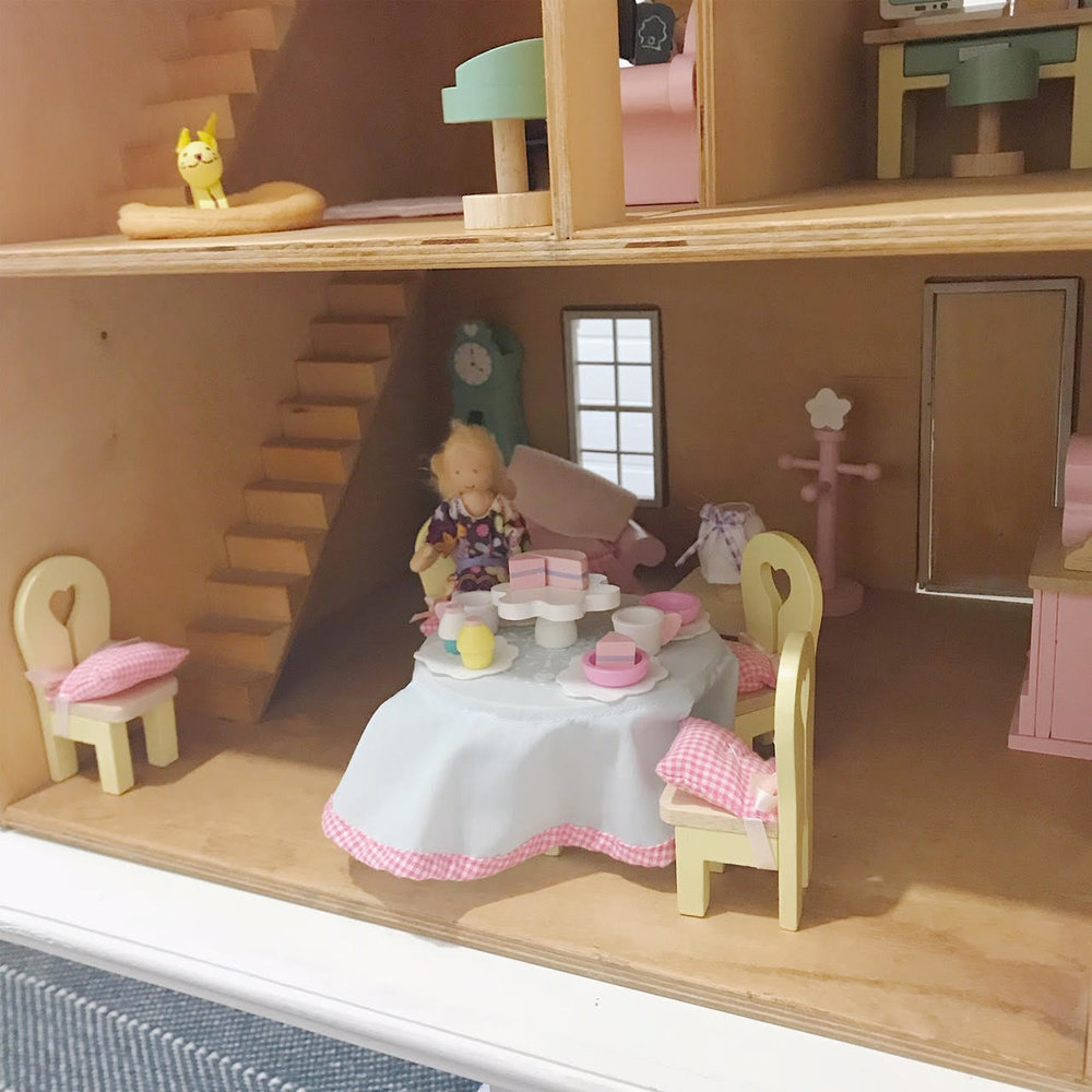 Dollhouse 12.jpg