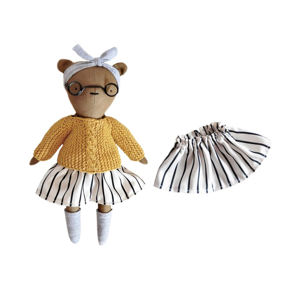 Linen Dolls 1.jpg