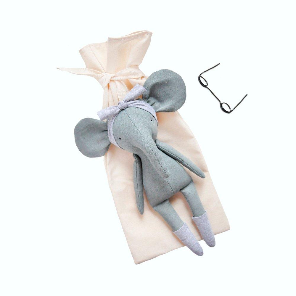 Linen Dolls 3.jpg